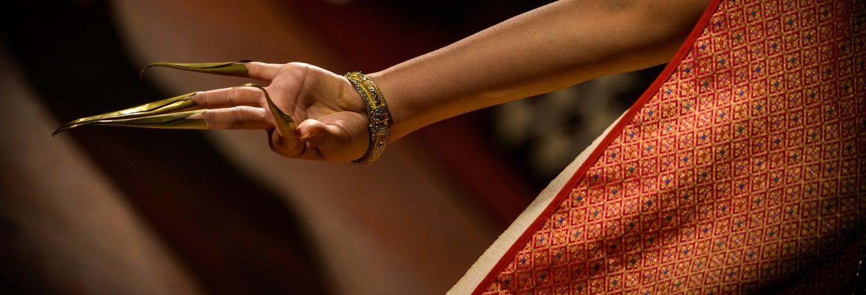 Jantar khantoke com espetáculo de dança