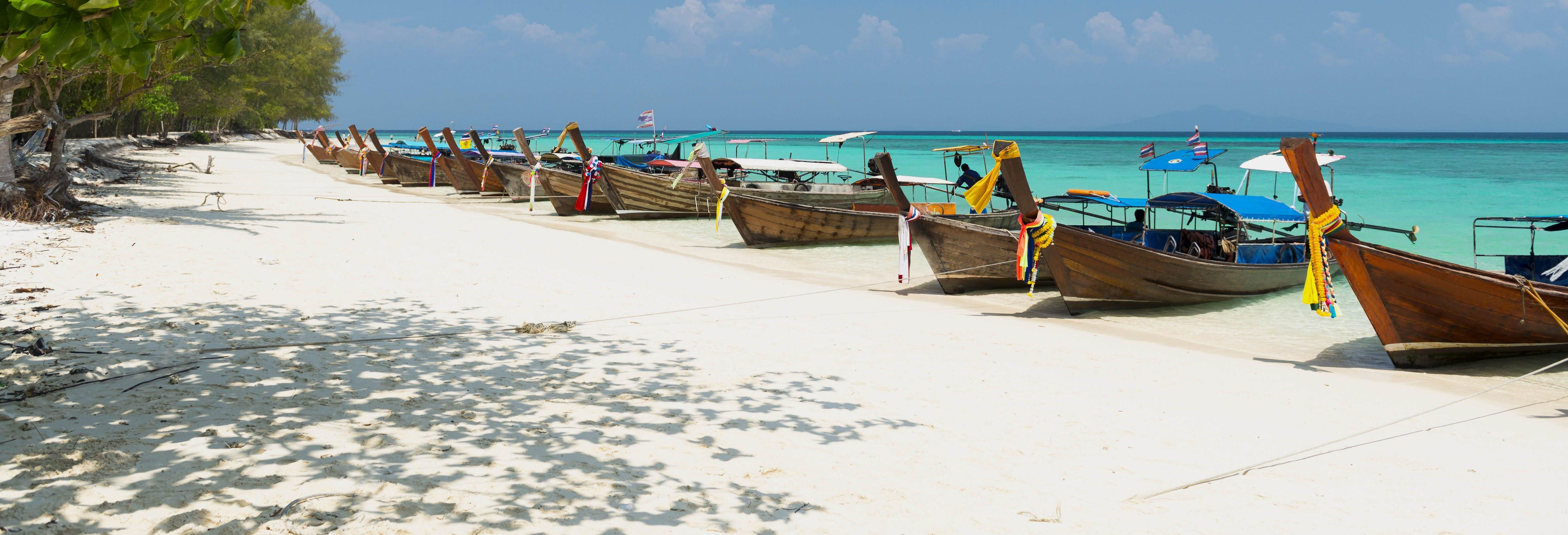 Excursão às ilhas Phi Phi de lancha