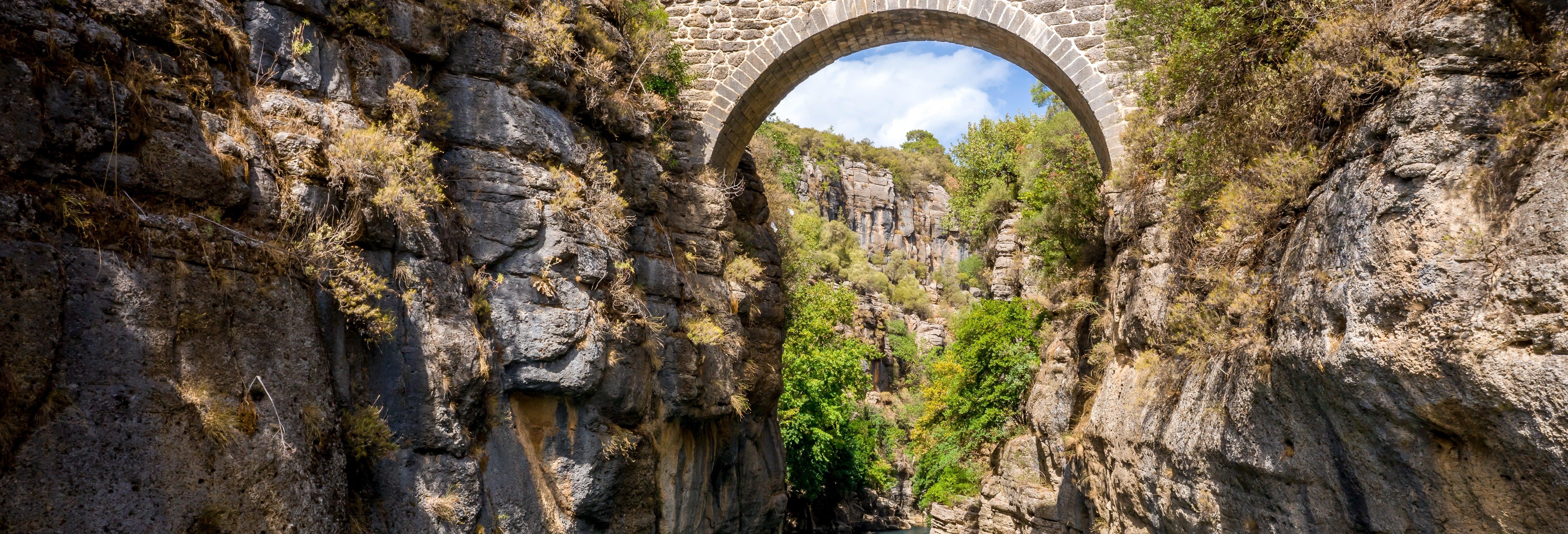 Rafting en el Cañón Koprulu