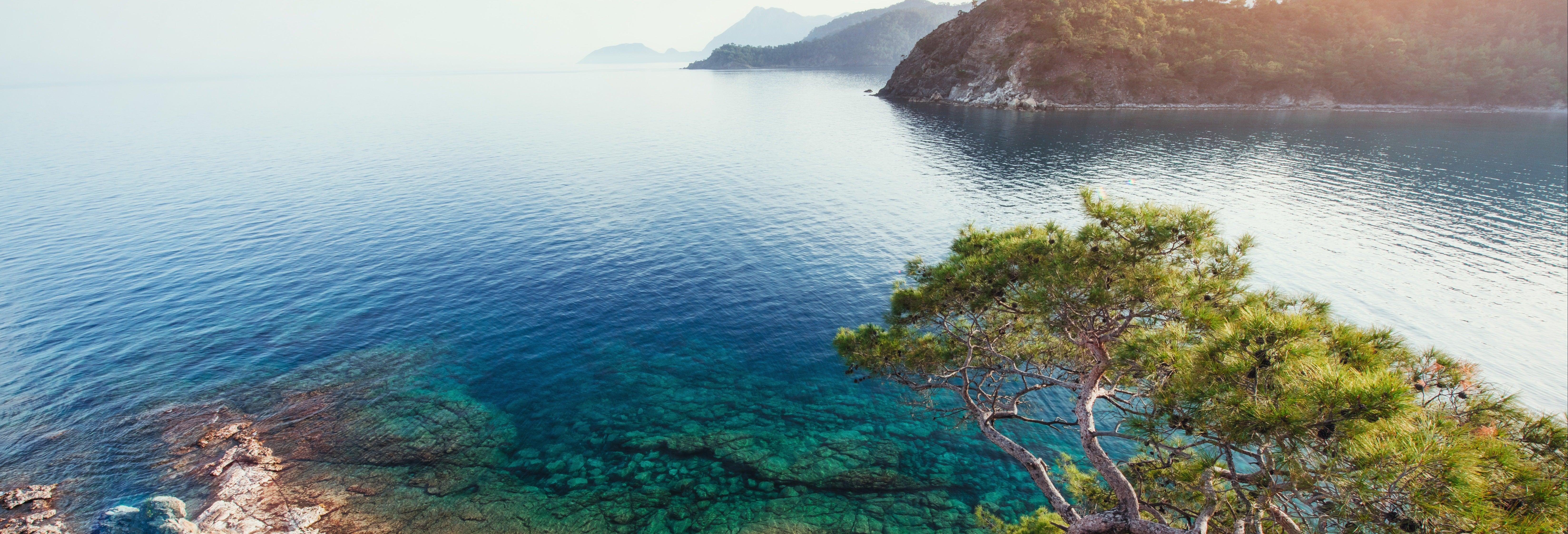 Cruzeiro pelo golfo de Antalya
