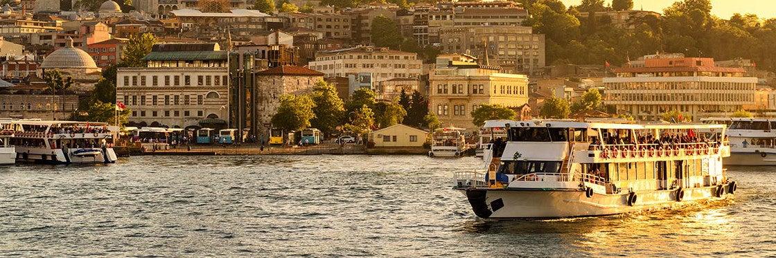 Barcos em Istambul