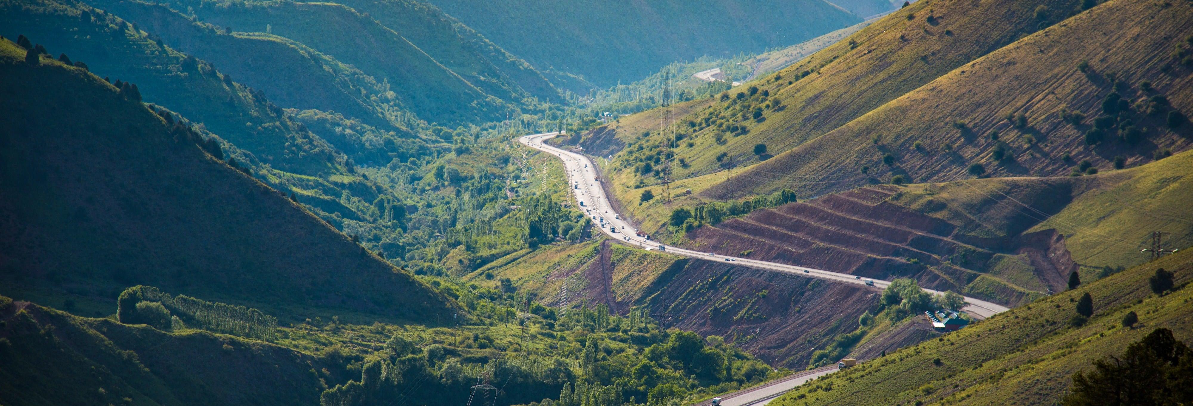 Tour privado de 2 días por el valle de Ferganá