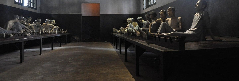 Entrada a la Prisión de Hoa Lo