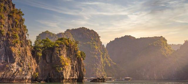 Excursión a la Bahía de Ha Long