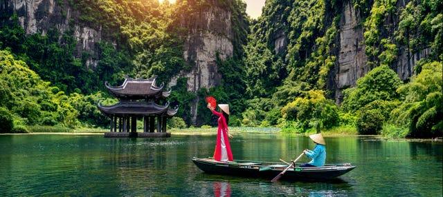 Excursión a Trang An y Bai Dinh