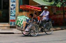 Balade en pousse-pousse dans le centre historique d'Hanoï